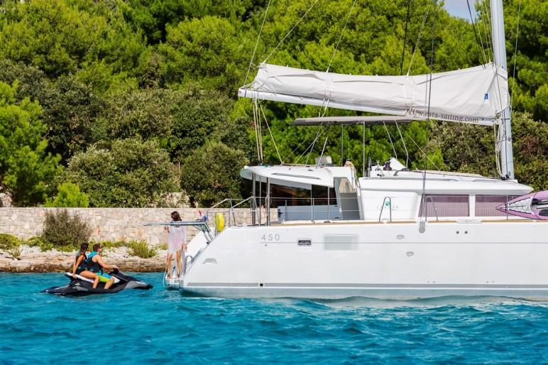 Lagoon 450 F Luxury Alba Mouse at Krknjaši
